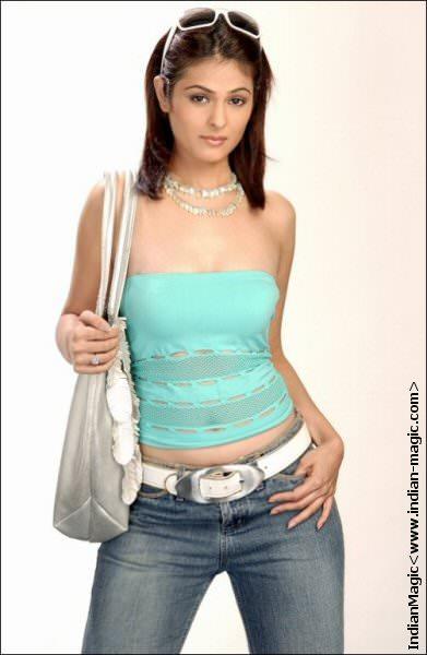 Anjana Sukhani 01