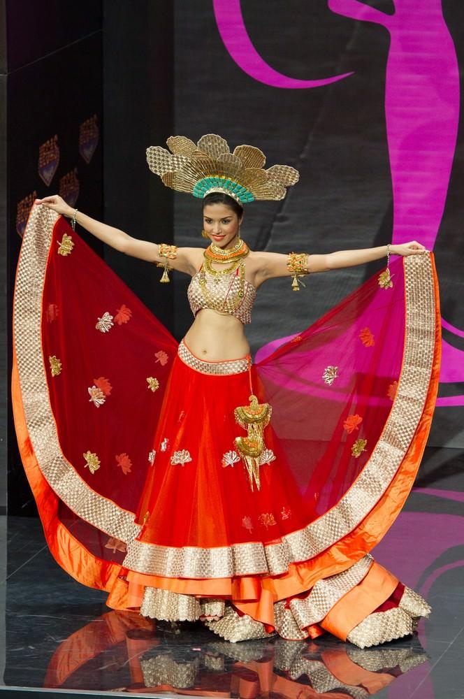Manasi Moghe at Miss Universe 2013 58