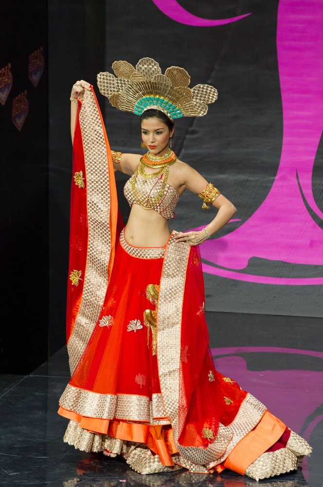 Manasi Moghe at Miss Universe 2013 59