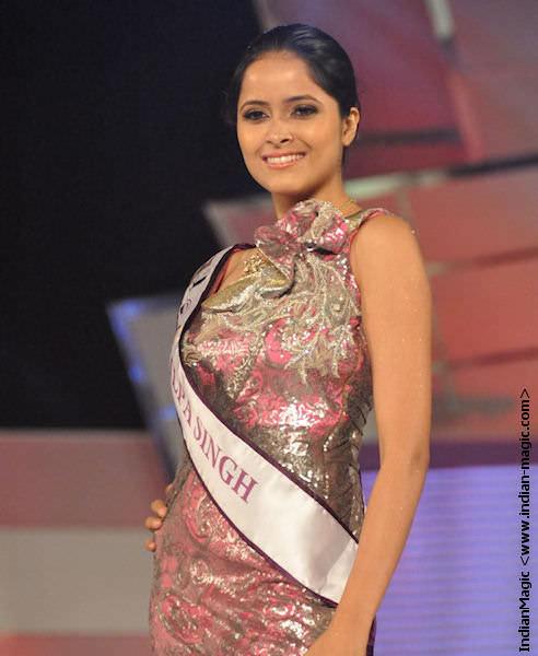 Shilpa Singh 14